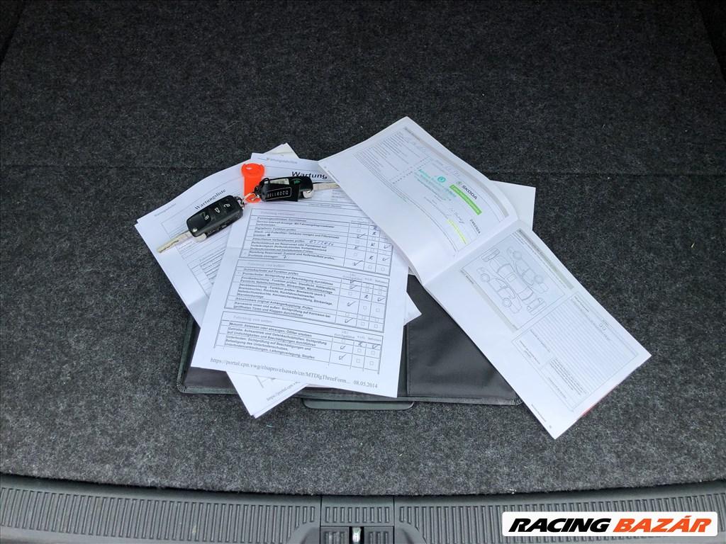 Eladó Skoda Octavia Scout 4x4 2.0 CR TDI. Első Tulajdonos. Szervizkönyv. 12. nagy kép