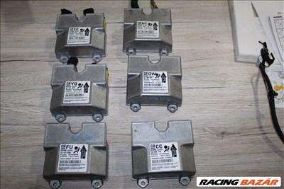 Opel Astra H légzsák vezérlő elektronika 13137906FU