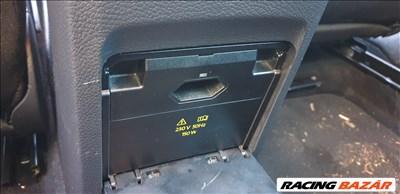 Volkswagen Golf VI gyári inverter