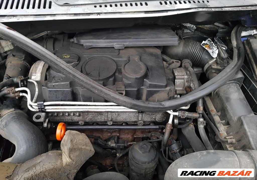 Volkswagen Caddy (Typ 2K) bontott alkatrészei 2. kép
