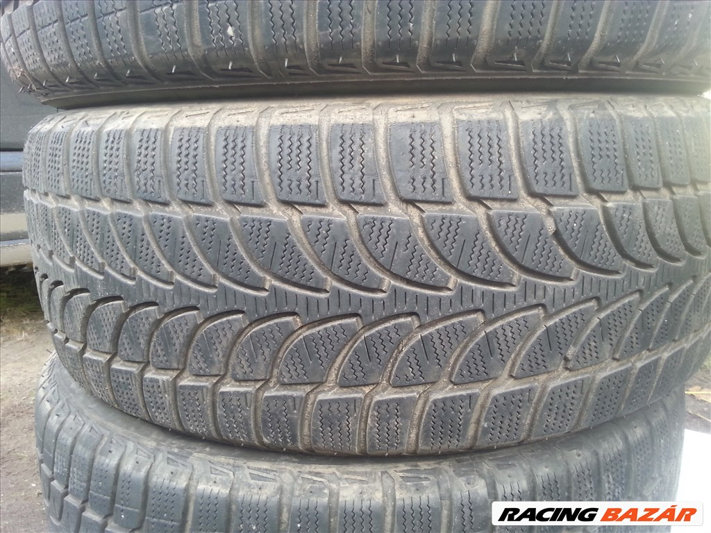 235/55R18  Bridgestone téli gumi garnitúra 3. kép