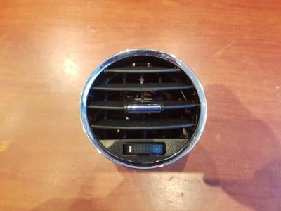 Opel Antara műszerfal középső szellőző 96661704