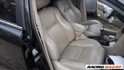 Toyota Avensis t25 sedan 2.2 d-cat diesel (fekete, vajbőr) bontott alkatrészei