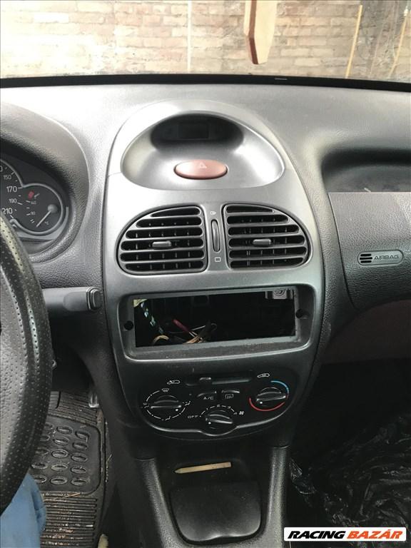 Peugeot 206 bontott alkatrészei 7. kép