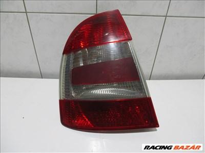 Skoda Superb Bal hátsó lámpa 2005-2008