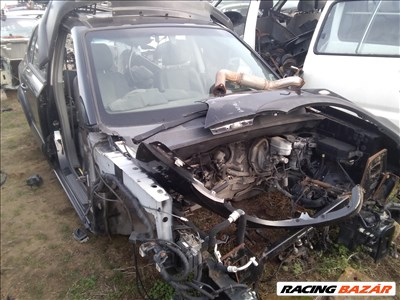 Hyundai Tucson bontott alkatrészei