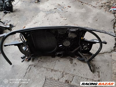 Audi A4 (B6/B7) 2.5 V6 TDI homlokfal/zárhíd