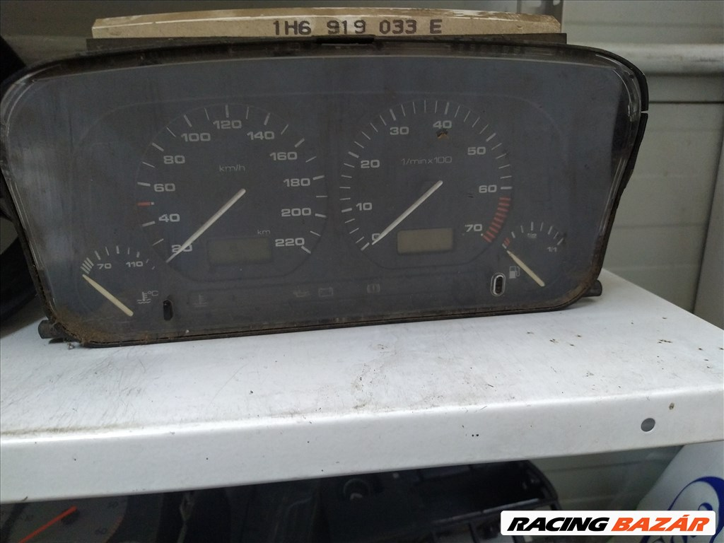 Volkswagen Golf III 1.9 TDI kilométer óra  1. nagy kép