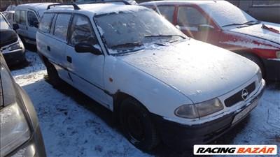 Opel Astra F AC pumpa