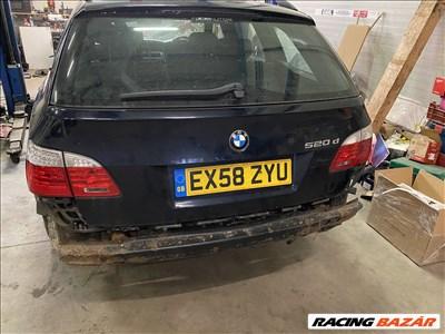 BMW 5-ös sorozat E60/E61 csomagtérajtó lámpa