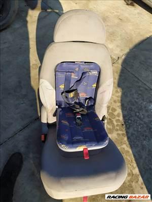 VW Sharan Gyerekülés Galaxy Integrált gyerekülés Alhambra ülés beépített gyereküléssel