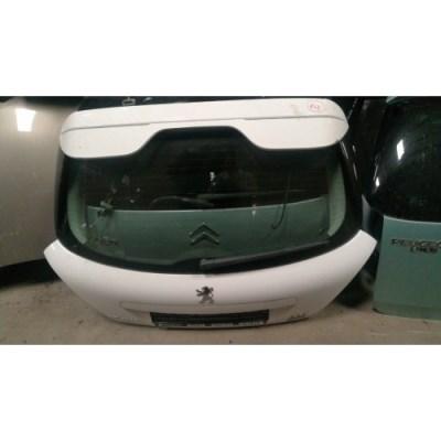 Peugeot 207 csomagtérajtó