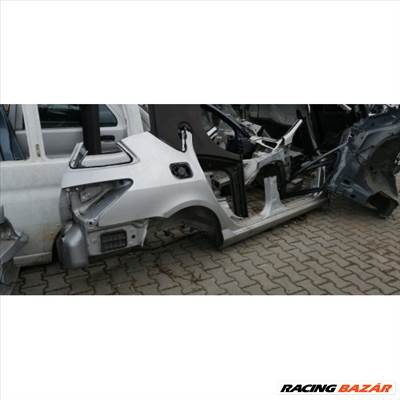 Peugeot 407 sw sárvédő