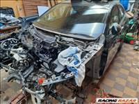 Mazda 3 bontott alkatrészei