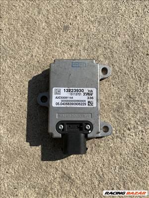 Opel Vectra C, Signum oldalcsúszás érzékelő 13223930