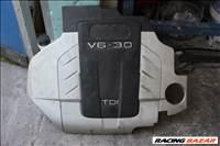 Audi A6 4F 3.0D motorburkolat