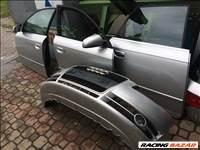 Audi A4 bontott alkatrészei, motorháztető, lökhárító, ajtó, sárvédő.