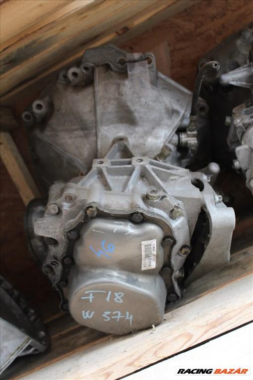 Opel F18W374 manuális 5 sebességes váltó  1. nagy kép