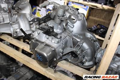 Opel F17W355 manuális 5 sebességes váltó