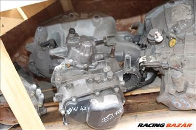 Opel 1.2B 2UW429 manuális 5 sebességes váltó
