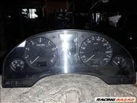 Audi A8 4D 3.7 óracsoport