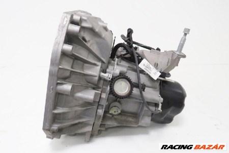 Renault Captur 0.9TCE bontott használt váltó 320103160R 1. kép