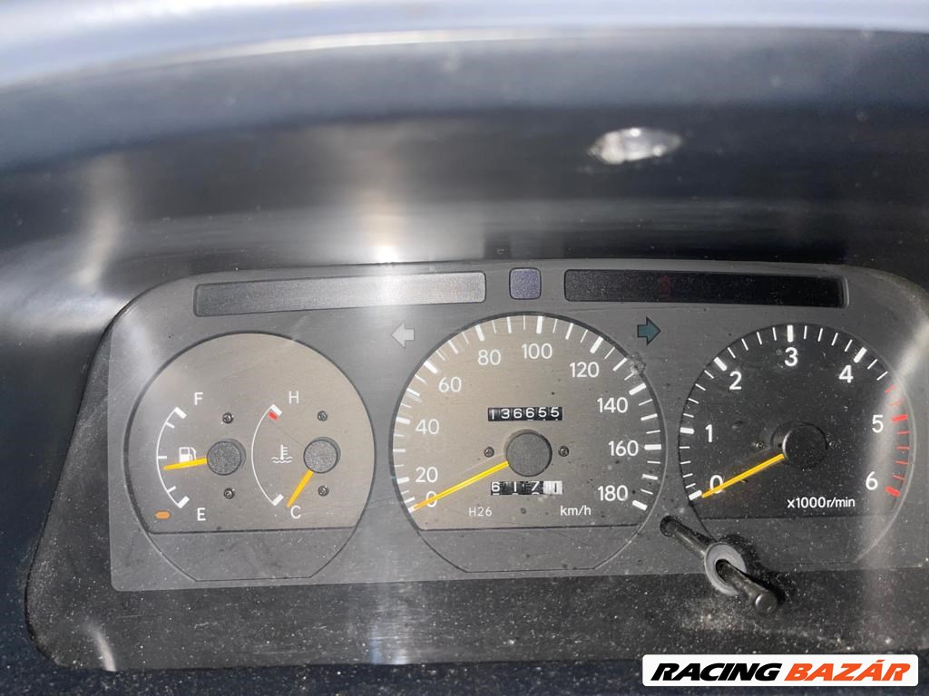 Eladó Toyota HiAce 4. kép