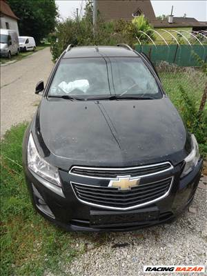 Chevrolet Cruze kombi 1.6i  1.8i bontott alkatrész