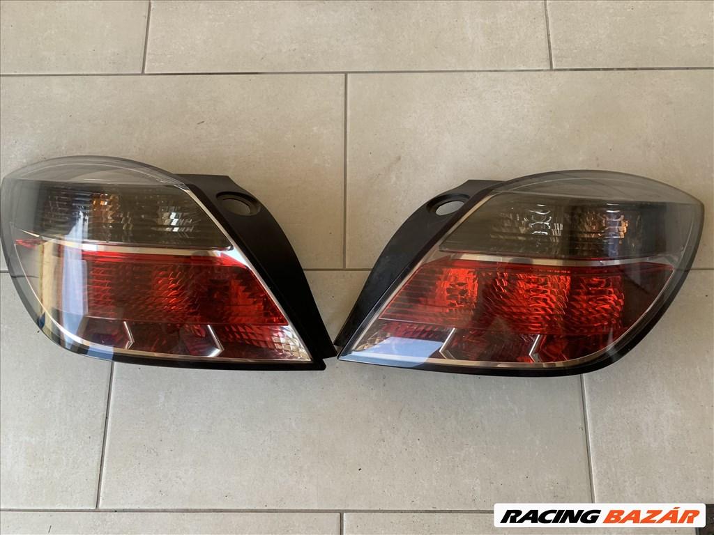 Opel Astra H bal hátsó lámpa 3. kép