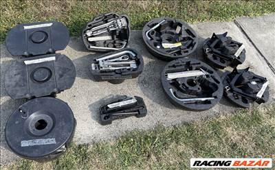 Szerszámkészlet, emelő, kerékkulcs, szerszámok pót