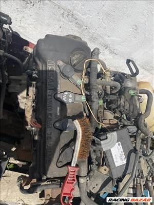 Nissan Almera 1,4 b motor
