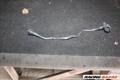 BMW F45 motor hűtőfolyadék cső  7617366