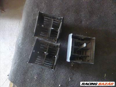 Opel Corsa B MŰSZERFAL szellőző rács