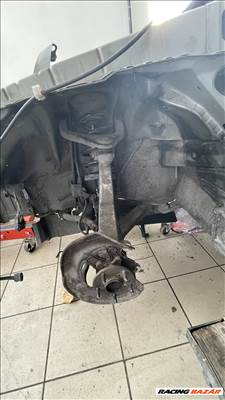 Lexus GS 300 450 H csonkaállvány kerékagyal
