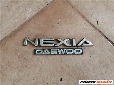 Daewoo Nexia felirat, embléma
