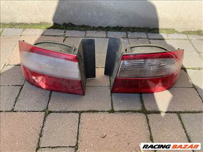 Renault Laguna bal jobb hátsó lámpa